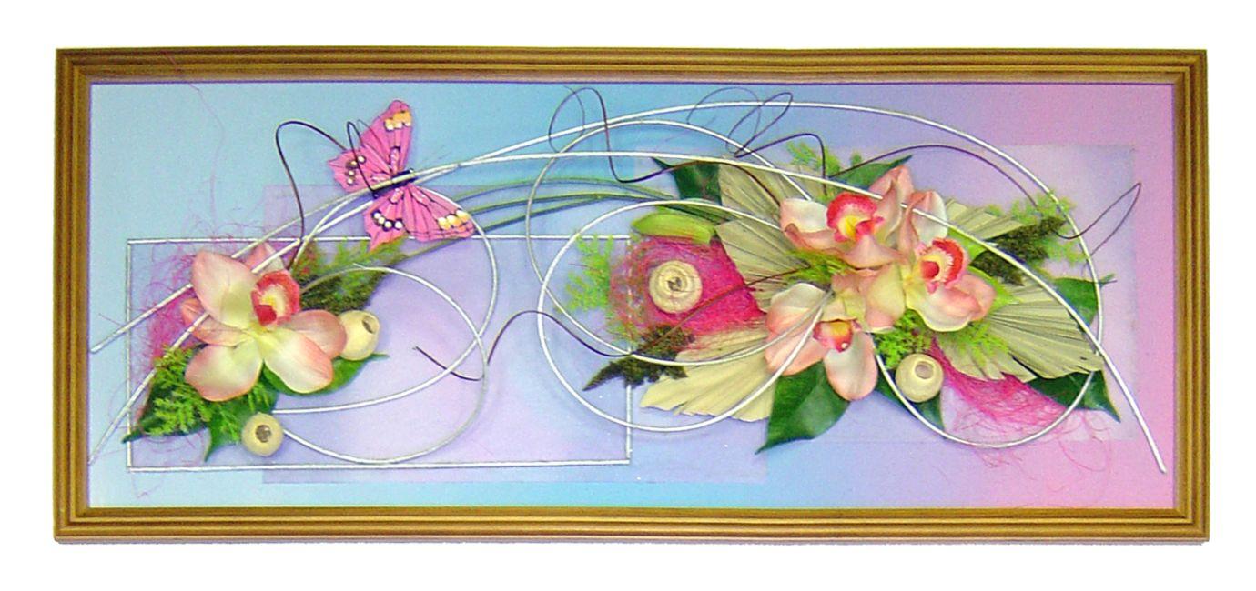 Композиции на стену из искусственных цветов